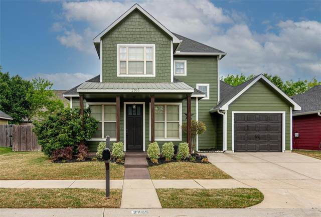2705 Mercer Way, Denton, TX 76209 (MLS #14556953) :: The Mauelshagen Group