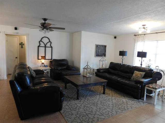 2198 W Us Highway 79, Buffalo, TX 75831 (#14556985) :: Homes By Lainie Real Estate Group