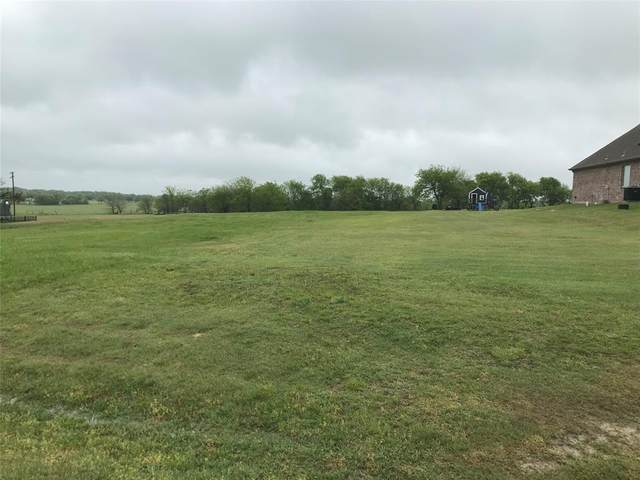 112 Whispering Winds Drive, Gunter, TX 75058 (MLS #14557132) :: The Daniel Team