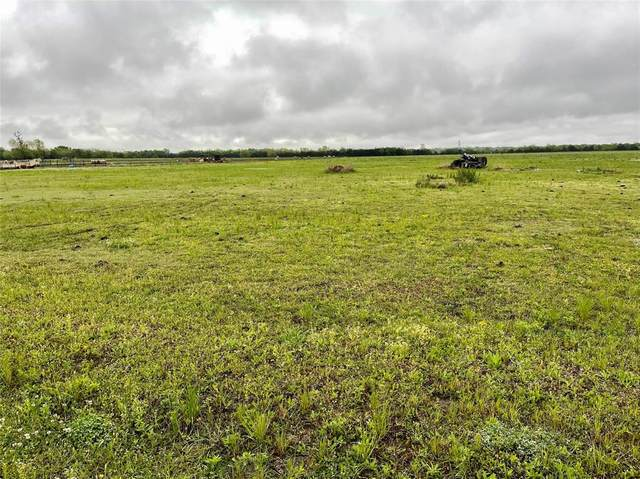 235 County Road 26700, Petty, TX 75470 (MLS #14557724) :: Lisa Birdsong Group   Compass