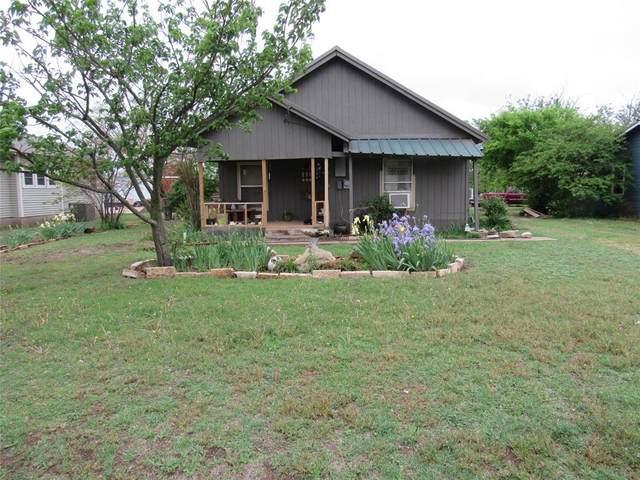 304 S 1st, Santa Anna, TX 76878 (MLS #14557899) :: Real Estate By Design