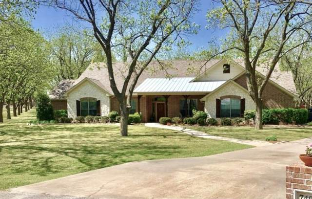 7407 Fox Run Court, Granbury, TX 76049 (MLS #14558715) :: Justin Bassett Realty