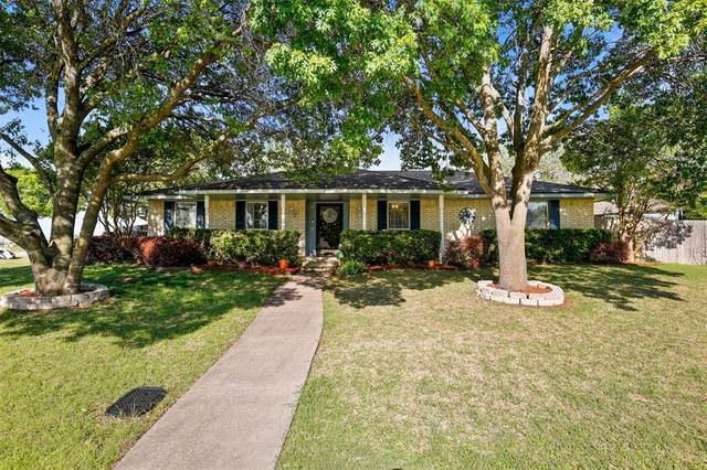 205 Amber Lane, Desoto, TX 75115 (MLS #14558913) :: Real Estate By Design