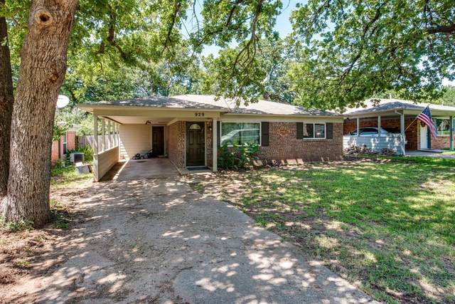 929 W Ford Street, Denison, TX 75020 (MLS #14558957) :: Results Property Group