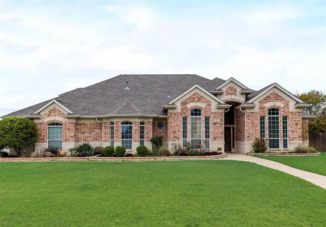 915 Shady Vale Drive, Kennedale, TX 76060 (MLS #14559464) :: The Rhodes Team