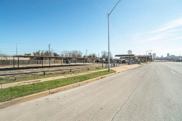 1106 N Main Street, Fort Worth, TX 76164 (MLS #14559605) :: All Cities USA Realty