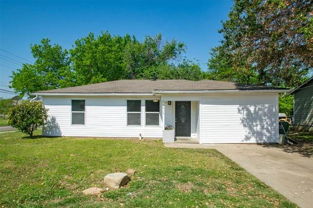 1814 Westwood Drive, Denton, TX 76205 (MLS #14559650) :: The Mauelshagen Group