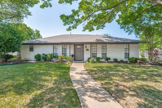 2704 S Hillbrier Circle, Plano, TX 75075 (MLS #14560448) :: The Tierny Jordan Network