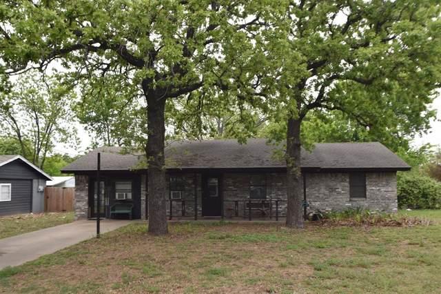 1625 W Groesbeck Street, Stephenville, TX 76401 (MLS #14560975) :: Trinity Premier Properties