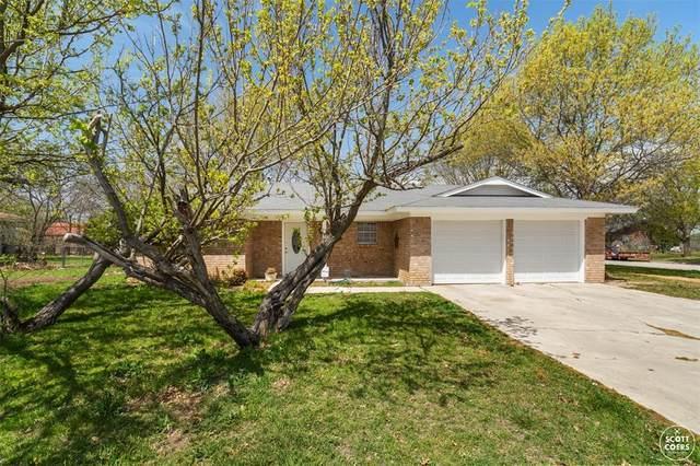 501 Parkway Drive, Brownwood, TX 76801 (MLS #14560992) :: DFW Select Realty