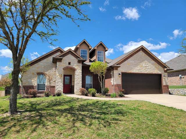 705 Saddle Ridge Trail, Weatherford, TX 76087 (#14561152) :: Homes By Lainie Real Estate Group