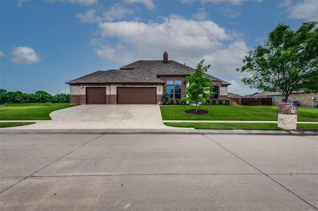 118 Affirmed Road, Waxahachie, TX 75165 (MLS #14561232) :: Team Tiller