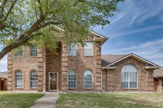 8817 Barton Creek Drive, Rowlett, TX 75089 (MLS #14561400) :: The Chad Smith Team