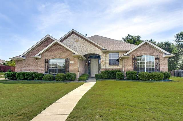 318 Mitchell Boulevard, Weatherford, TX 76087 (#14561580) :: Homes By Lainie Real Estate Group
