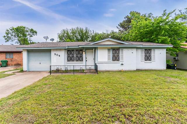 904 Nelson Terrace, Bedford, TX 76022 (MLS #14561735) :: All Cities USA Realty
