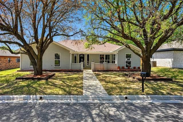 2508 Bennett Avenue, Sherman, TX 75090 (MLS #14561977) :: Wood Real Estate Group