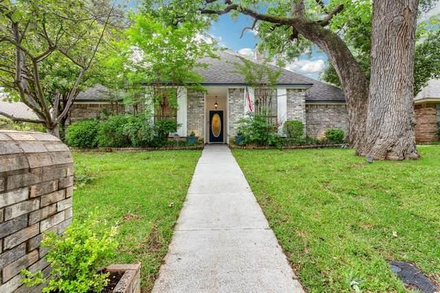 3302 Westgrove Drive, Arlington, TX 76001 (MLS #14562006) :: Real Estate By Design