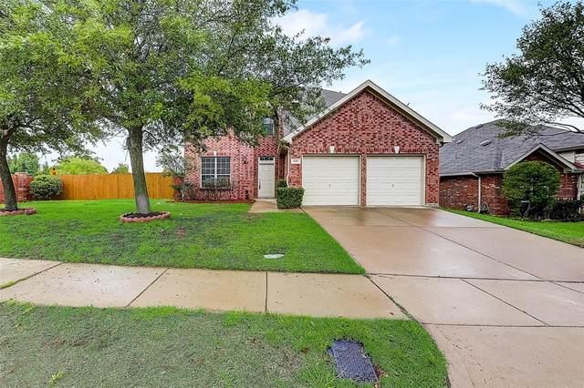 410 Brasher Lane, Euless, TX 76040 (MLS #14562244) :: EXIT Realty Elite