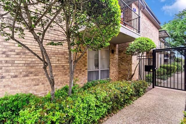 10244 Regal Oaks Drive D, Dallas, TX 75230 (MLS #14562513) :: Justin Bassett Realty