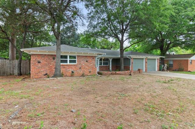1033 Cavender Drive, Hurst, TX 76053 (MLS #14562652) :: Wood Real Estate Group