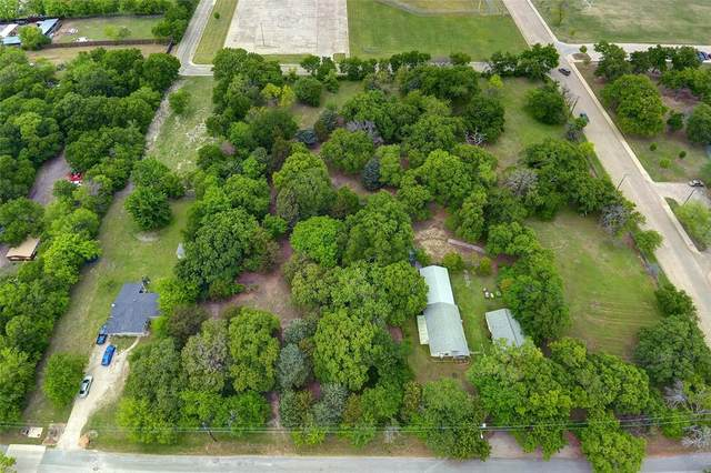 2423 Picadilly Boulevard, Mesquite, TX 75149 (MLS #14562923) :: Real Estate By Design