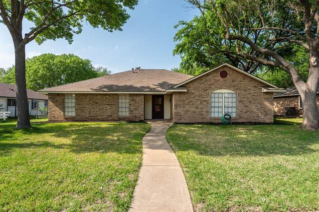 925 Shell Lane, Lancaster, TX 75146 (#14563019) :: Homes By Lainie Real Estate Group