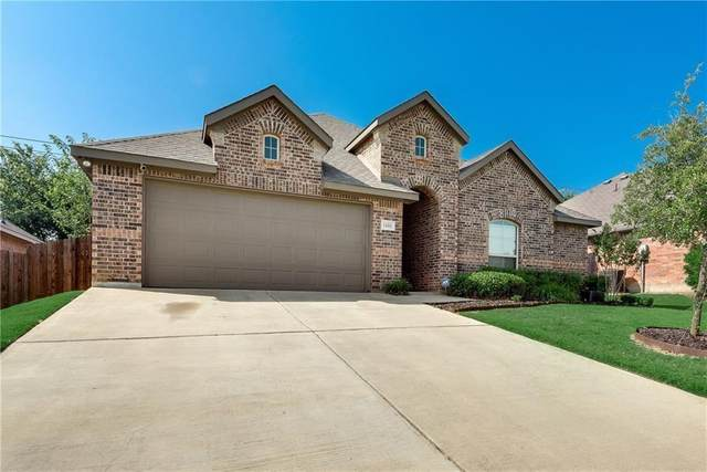 1606 Cowtown Drive, Mansfield, TX 76063 (MLS #14563090) :: Real Estate By Design