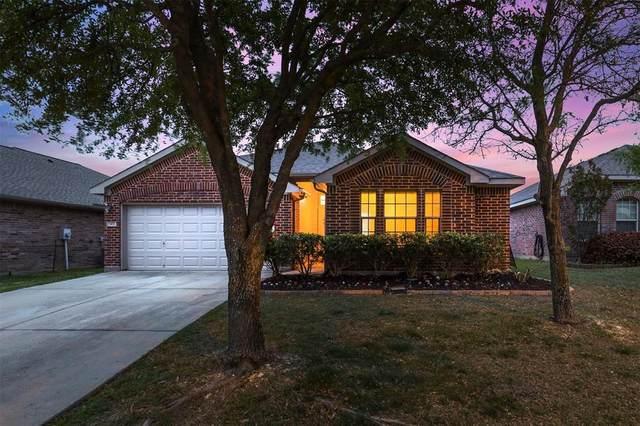 1432 Castlegar Lane, Fort Worth, TX 76247 (MLS #14563383) :: Wood Real Estate Group