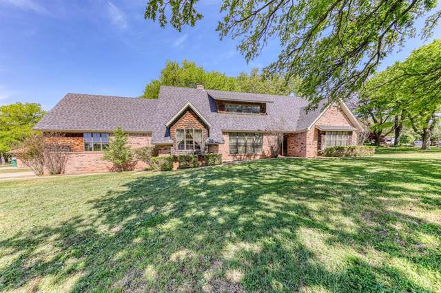 1318 Rolling Hills Drive S, Graham, TX 76450 (MLS #14563398) :: Wood Real Estate Group