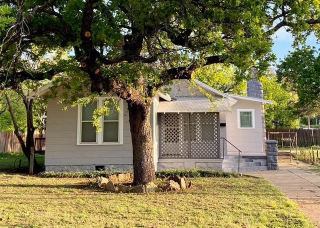 300 W 5th Street, Breckenridge, TX 76424 (MLS #14563495) :: Wood Real Estate Group