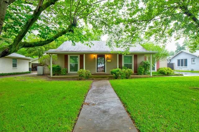 502 Bellevue Drive, Cleburne, TX 76033 (MLS #14563652) :: Justin Bassett Realty
