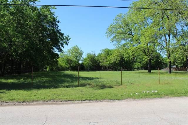 1024 Alvarado Street, Cleburne, TX 76031 (MLS #14563710) :: Justin Bassett Realty