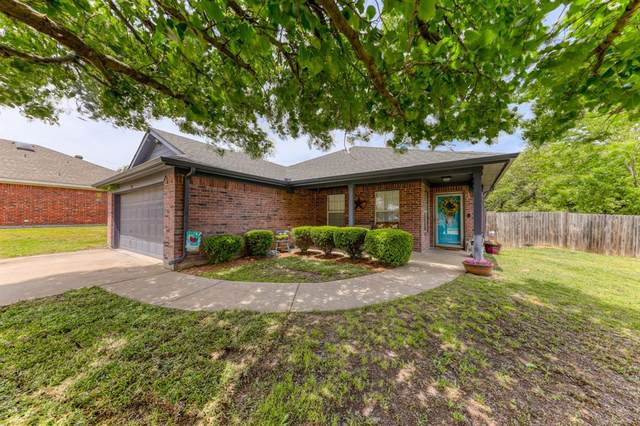 310 Dalhart Court, Weatherford, TX 76086 (MLS #14564093) :: Wood Real Estate Group