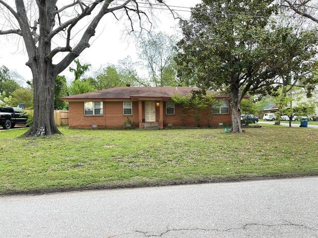 202 N College Street, Malakoff, TX 75148 (#14564111) :: Homes By Lainie Real Estate Group