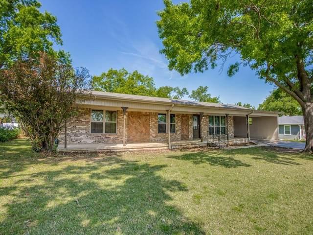 225 Center Street, Whitesboro, TX 76273 (MLS #14564140) :: Real Estate By Design