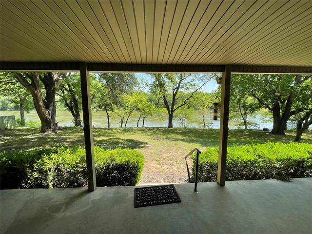 1180 County Road 315, Rainbow, TX 76077 (#14564321) :: Homes By Lainie Real Estate Group