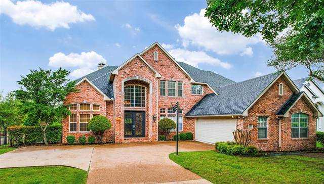 2116 Mossy Oak Drive, Irving, TX 75063 (MLS #14564446) :: The Kimberly Davis Group