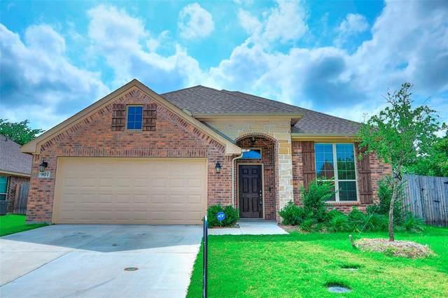 901 Vintage Avenue, Gainesville, TX 76240 (MLS #14564727) :: VIVO Realty