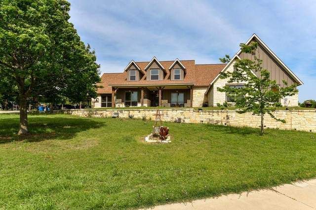 402 N Parkway Drive, Alvarado, TX 76009 (MLS #14564735) :: Real Estate By Design