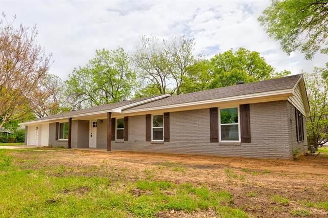 101 N Prairie Street, Pilot Point, TX 76258 (MLS #14565170) :: The Kimberly Davis Group