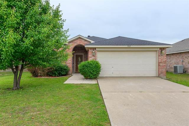 3002 Waterfront Drive, Sanger, TX 76266 (MLS #14565235) :: Wood Real Estate Group