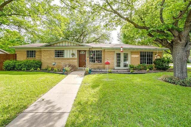 135 Wanda Way, Burleson, TX 76028 (MLS #14565561) :: Wood Real Estate Group