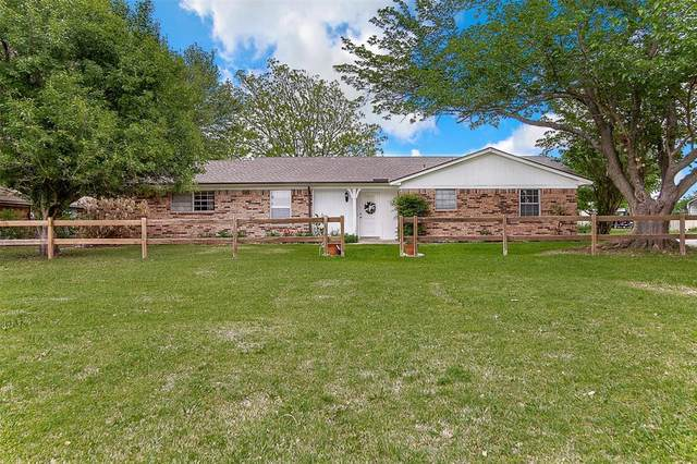 4608 County Road 919, Crowley, TX 76036 (MLS #14565675) :: Wood Real Estate Group