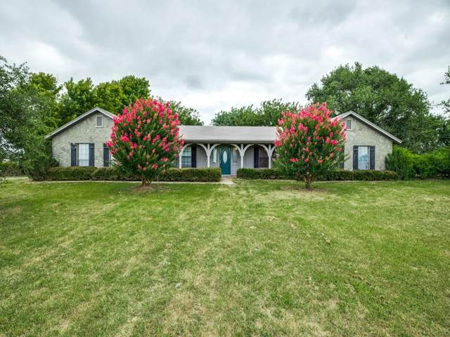 355 Baker Cut Off Road, Weatherford, TX 76087 (MLS #14566134) :: The Barrientos Group