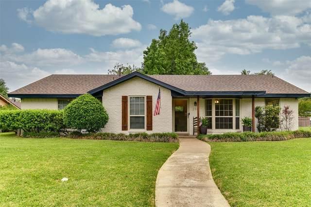 218 Hacienda Drive, Waxahachie, TX 75165 (#14566149) :: Homes By Lainie Real Estate Group