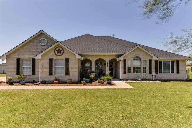 180 Hollis Road, Waxahachie, TX 75167 (#14566187) :: Homes By Lainie Real Estate Group