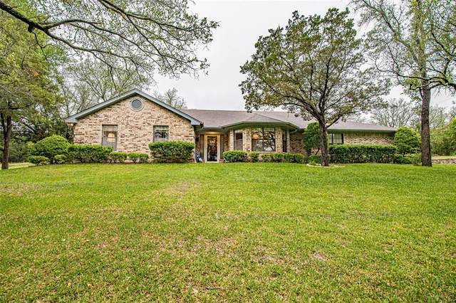 303 Summit Ridge Drive, Glen Rose, TX 76043 (#14566500) :: Homes By Lainie Real Estate Group