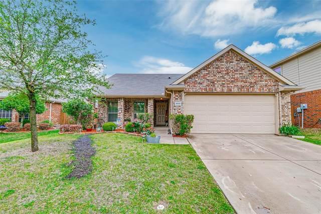 2025 Samantha Lane, Heartland, TX 75126 (MLS #14566675) :: Wood Real Estate Group