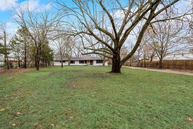 2419 N Woods Street, Sherman, TX 75092 (#14566783) :: Homes By Lainie Real Estate Group