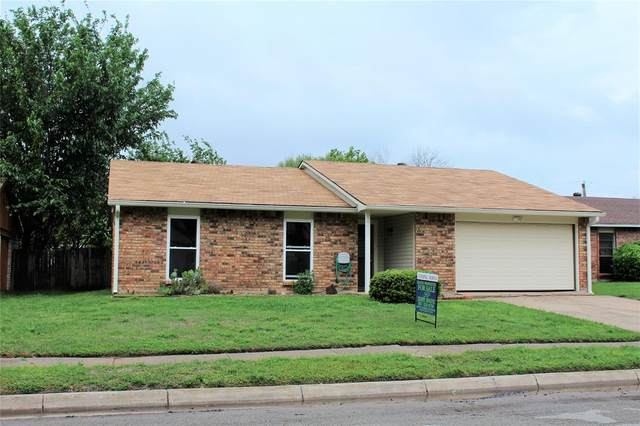 7413 Tunbridge Drive, North Richland Hills, TX 76182 (#14566816) :: Homes By Lainie Real Estate Group